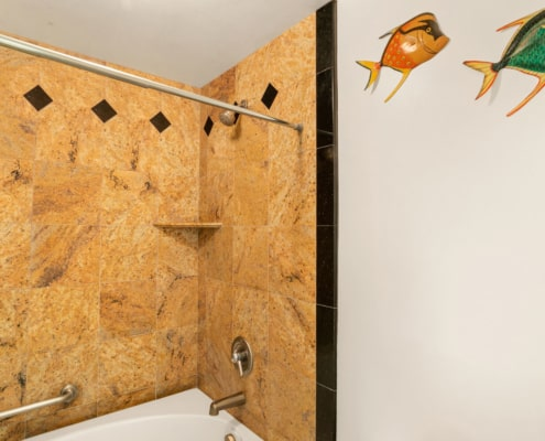 1-Bedroom Garden View Deluxe Shower