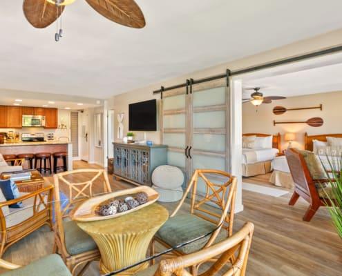 1 Bedroom Ocean View Living Area