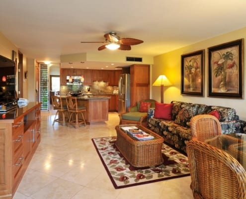 1-Bedroom Oceanside Living Area