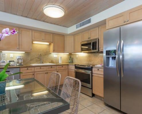1-Bedroom Oceanside Premium Kitchen