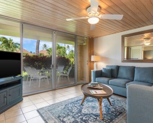1-Bedroom Oceanside Premium Living Area