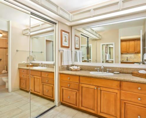 Studio Garden View Deluxe Bathroom